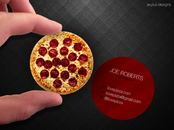 Phenomenal business card designs thatll stand out in every card circular pizza business card for a food blogger colourmoves