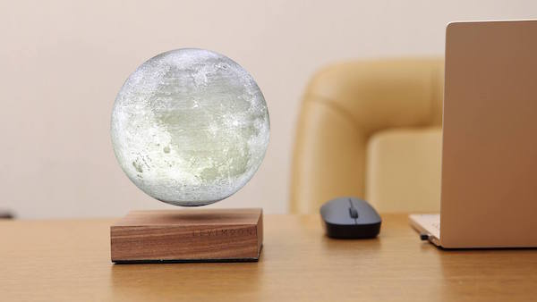 'Levimoon' Is A Mesmerizing Levitating Moon Light You Can Add To Your Room