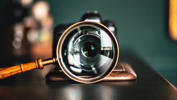 Photographers, Here's How To Instantly Turn Any Lens Into A Macro Lens