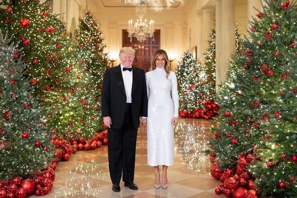 Why The White House's 2018 Christmas Portrait Appears 'Photoshopped'