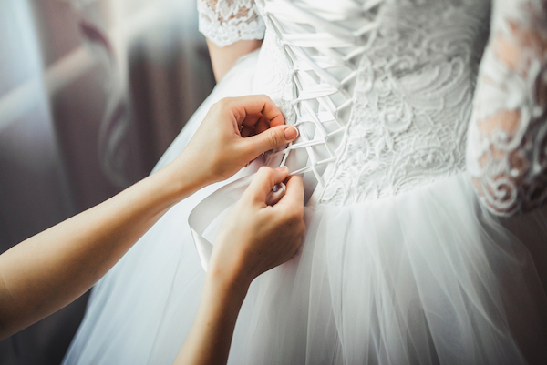 ed89e8c097 Bridal Store Gets Applause For Inclusive Wedding Gown Display With ...