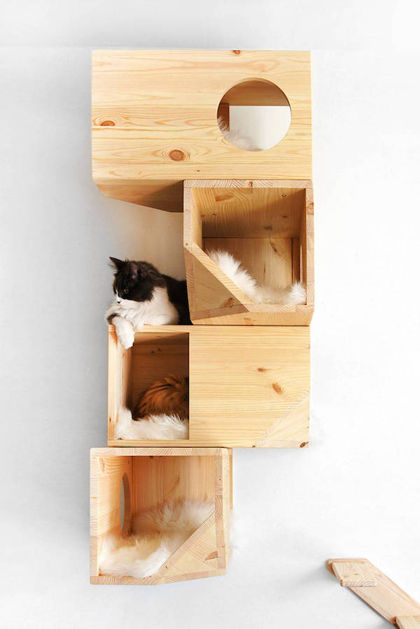 Chic cat furniture Cute Advertisement Designtaxi For Cat Owners Chic Geometric Wooden cat Tree Perfect For Modern