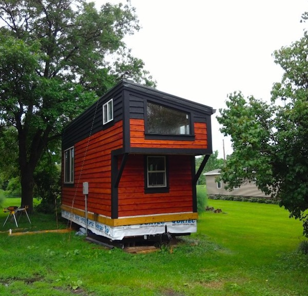 Tiny Home Designs: Man Builds 275-Square-Foot Tiny Home To Live A Mortgage