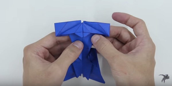 Watch How To Make An Origami Darth Vader Designtaxi