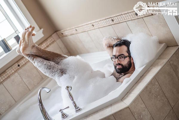 Husband Turns Wifes Joking Request For Sexy Boudoir Photos Of Him Into Reality - Designtaxicom-9166