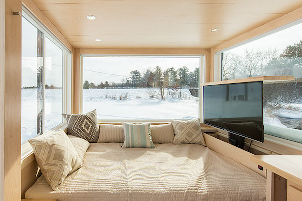 Last Year, ESCAPE Homes Introduced Its U0027Traveleru0027 And U0027Traveler XLu0027 Mobile Tiny  Homes With Spacious Interiors.