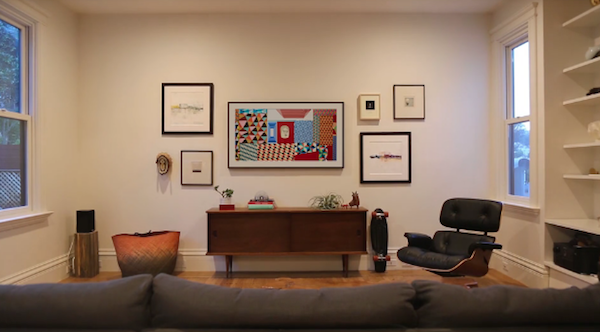 Samsung's 'The Frame' TV Displays Lovely Artworks When It