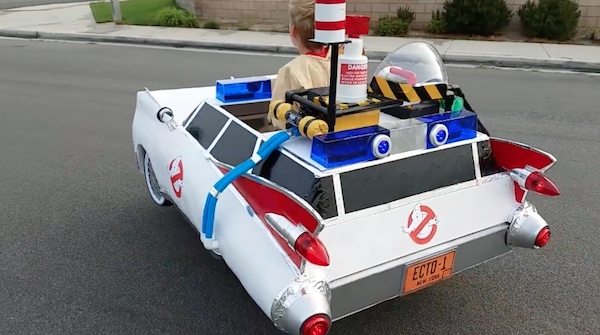 Dad Converts His Son S Wheelchair Into Ghostbusters Ecto