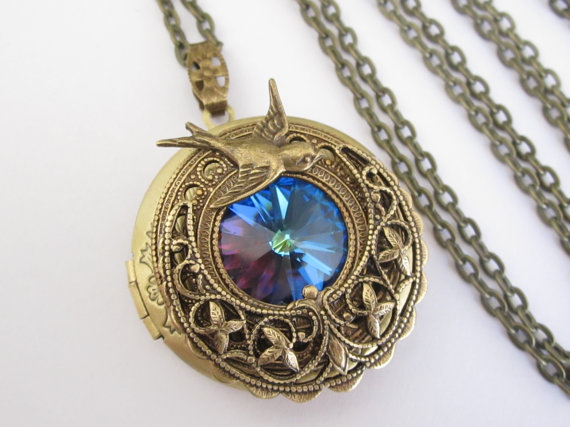 Gorgeous Jewelry Inspired By The Houses Characters Of