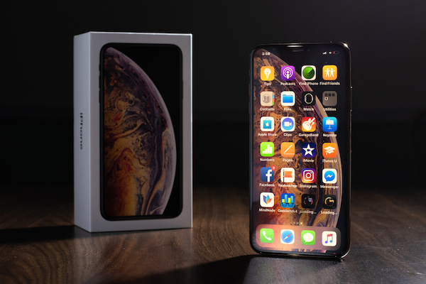 Apple's 'Detailed' 2019 'iPhone XI' Design Gets Visualized In Renders