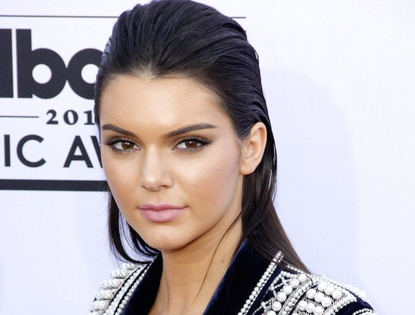 Kendall Jenner Attends NYFW Wearing Luxurious Blazer Without Shirt And Pants