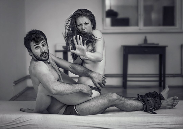 Photographer Pays 'Unexpected Visits', Hilariously Captures People In Privacy