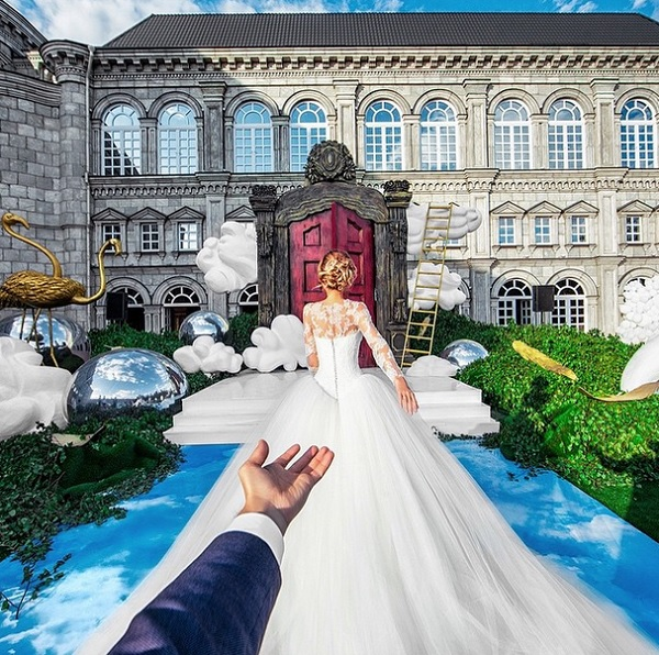 Popular Follow Me Couple Shares Stunning Wedding Photos On - Guy photographs his girlfriend as they travel the world