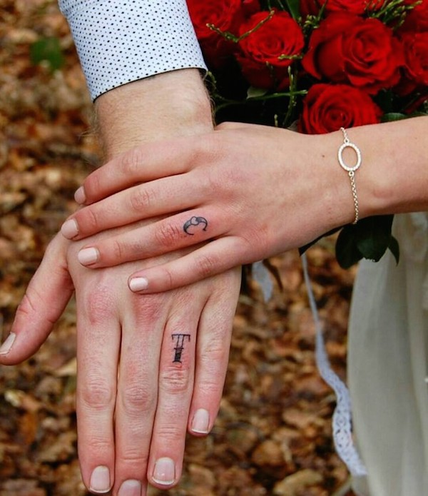 Beautiful Wedding Ring Tattoos: Lovely Alternative Wedding Ring Tattoo Ideas For The