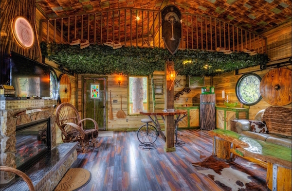 Lord Of The Rings'-Inspired Treehouse Will Delight Any Middle-Earth Middle Earth Home Design on ocean homes, europe homes, moon homes, rivendell homes, pokemon homes, avalon homes, chinese farm homes, camelot homes, canada homes, maryland homes, love homes, hippie homes, brazil homes, hobbiton homes, shire homes, harry potter homes, paris homes, china homes, lord of the rings homes, south africa homes,