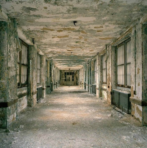Haunting Photographs Of Abandoned Mental Hospitals Will