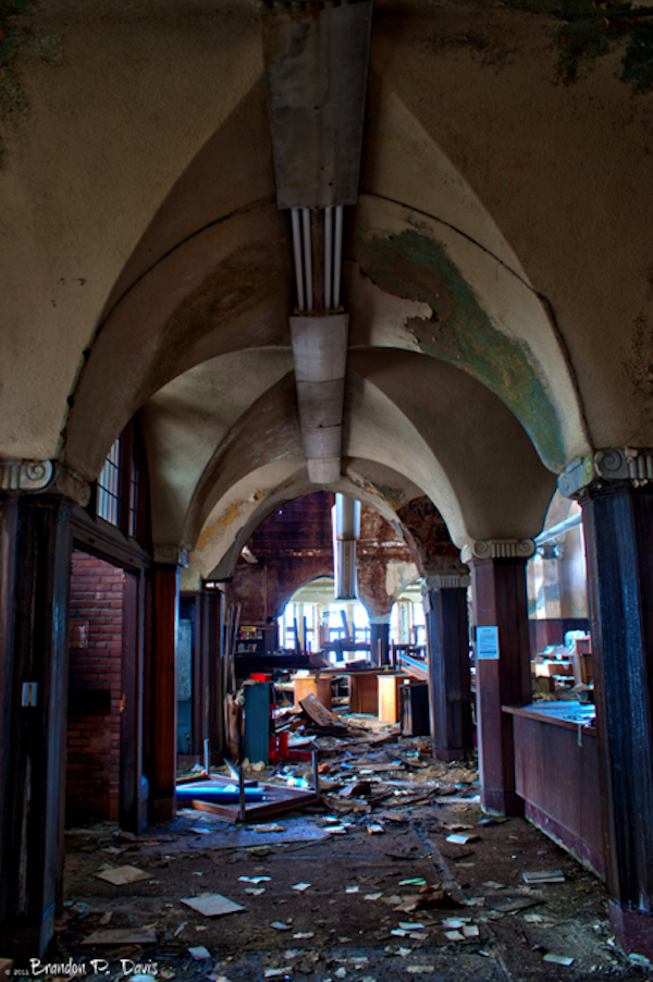 Heartbreaking Photos Show An Abandoned Library And Its