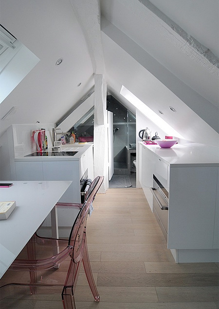 In Paris  A Stylish Apartment That Fits Into A Tiny Space