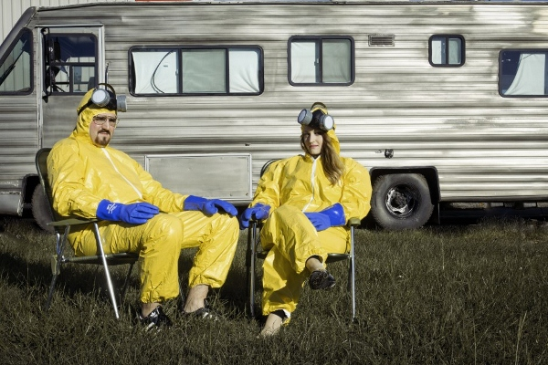 Couple Reenact 'Breaking Bad' In Creative Engagement Photo ...