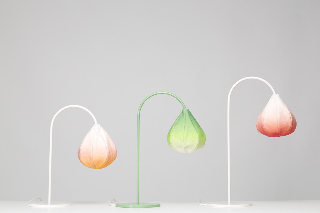 Lamps Shaped Like Flower Buds Give Homes Organic Feel