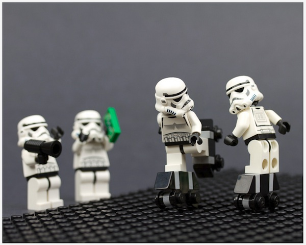 Brilliant Lego Made Scenes Of Star Wars Characters In Hilarious Situations Liam Thinks