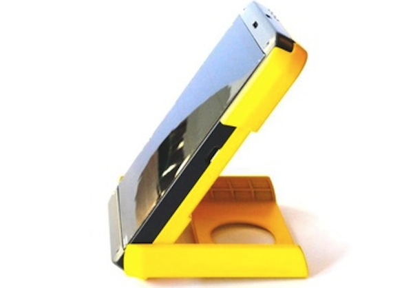Solar Powered Smartphone Charger That Doubles As A