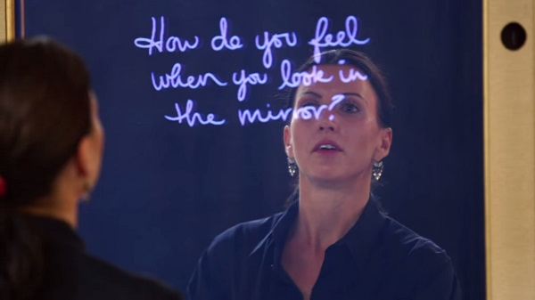 interactive mirror delivers positive messages to women