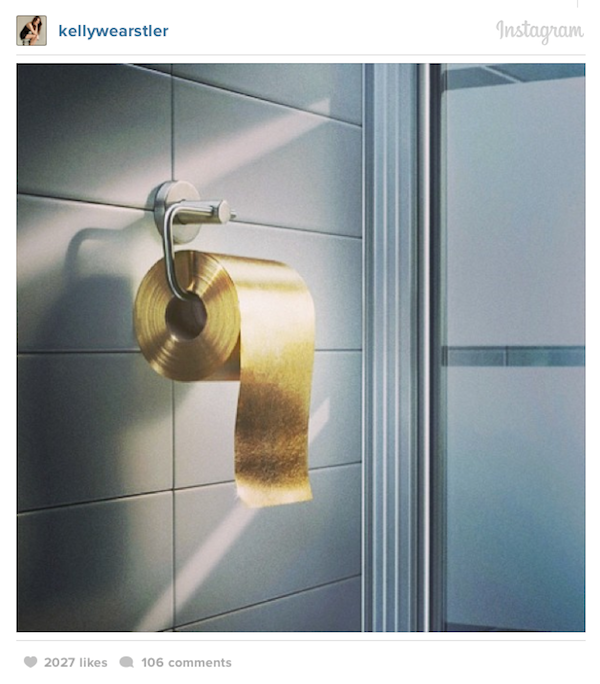 A Roll Of 22 Karat Gold Toilet Paper That Costs Over A Million Dollars Desi