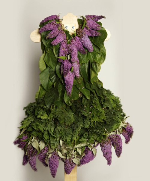 Dresses Made Entirely From Leaves Flowers Designtaxi Com