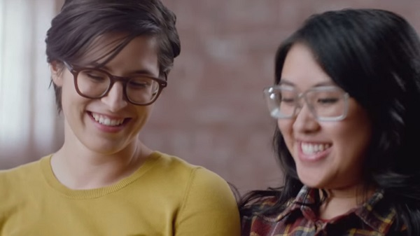 Hallmarks Beautiful Valentines Day Ad Stars A Real-Life -6727