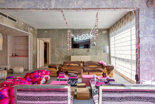 Check Out This Adorable Hello Kitty Themed Hotel In Los