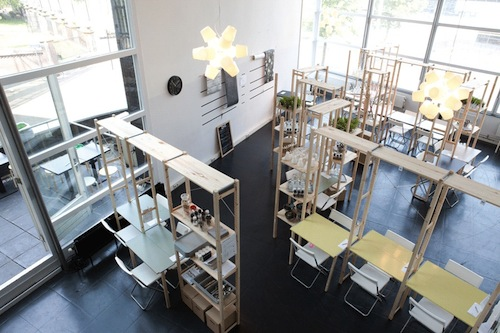 Pop up restaurant furnished with ikea products lets diners customize tables - Customiser table ikea ...