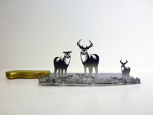 Amazingly Detailed Negative Space Illustrations That Are Carved Out Of Knives