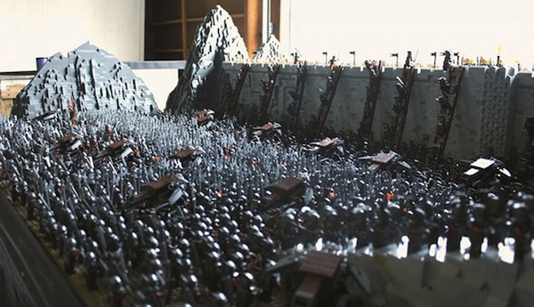 Lord Of The Rings Battle Scene Intricately Recreated