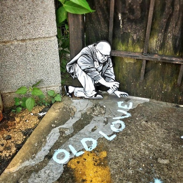 In NYC, Street Artist Creates Intriguing Scenes With Mini Stenciled Figures