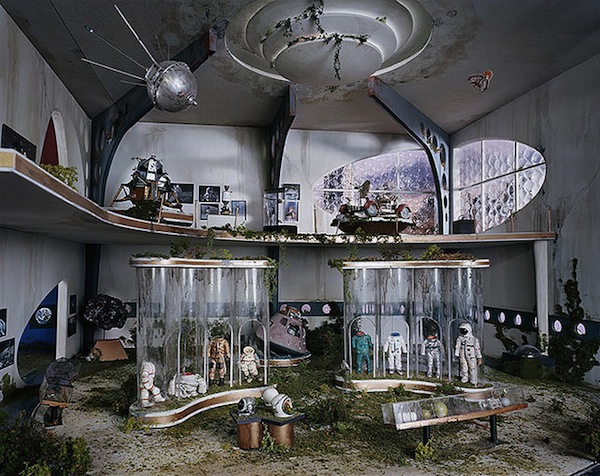 Artist Hand Made Dioramas Of Surreal Apocalyptic Scenes