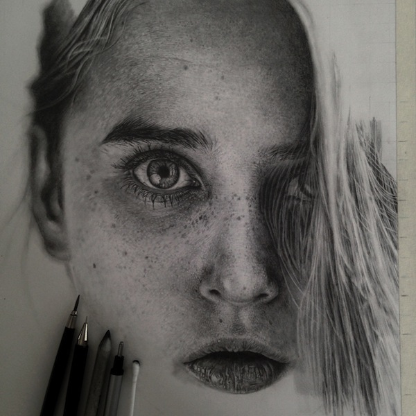 incredibly detailed graphite drawings of people animals