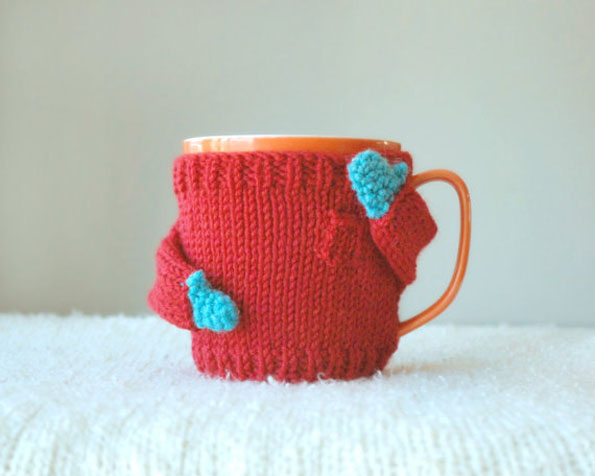 Knitting Pattern For Mug Sweater : Adorable, Miniature Knit Sweaters For Keeping Your Coffee ...