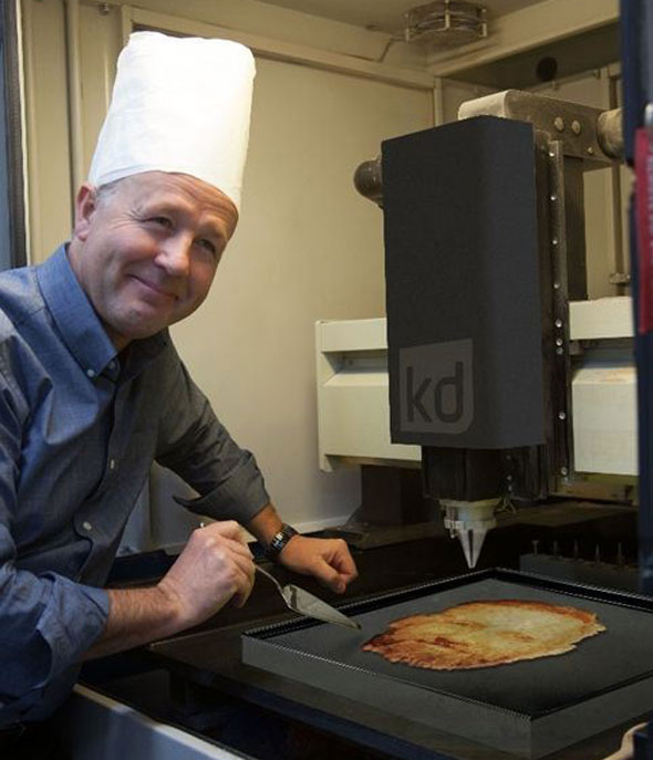 Awesome Machine Lets You Make A Pancake With Your Face 'Printed' On