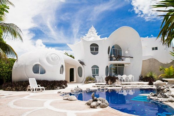 A Lovely Seashell Shaped House Overlooking The Caribbean