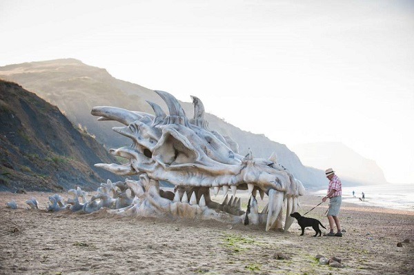 Giant Dragon Skull Built On Beach To Promote Game Of