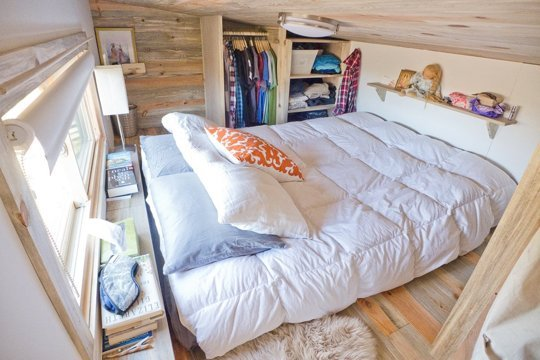 Designer Creates A Tiny 8x20 Foot House On Wheels To Live A Debt Free
