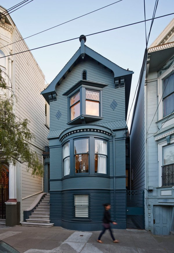 A unique two faced house in san francisco with both a for San francisco modern homes