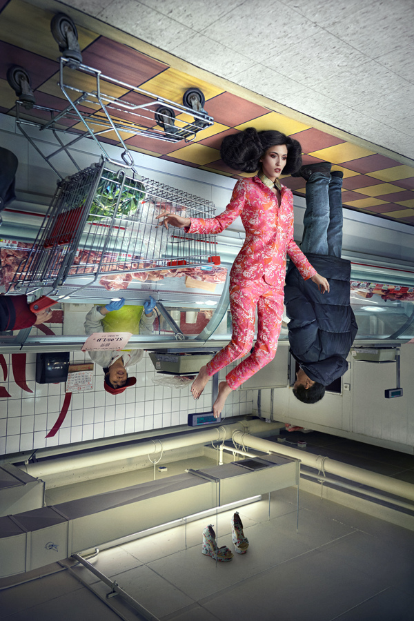 Photographer Captures Upside Down Models In Stylish