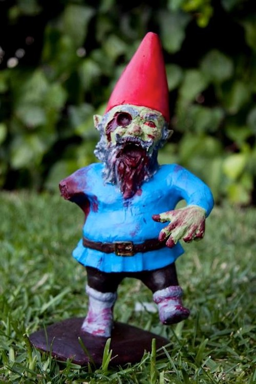 gore for your garden garden gnomes as flesh eating zombies. Black Bedroom Furniture Sets. Home Design Ideas